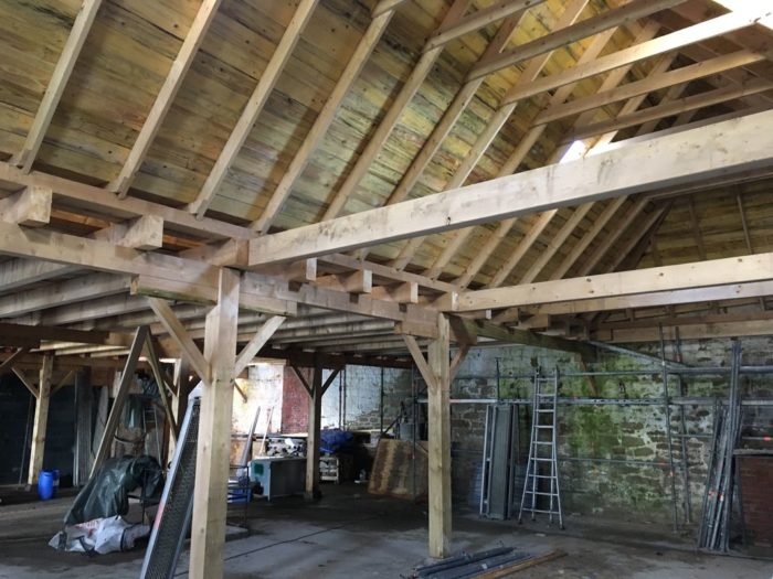 restauration-charpente-plancher-conserverie-monument-loctudy-cruard-charpente