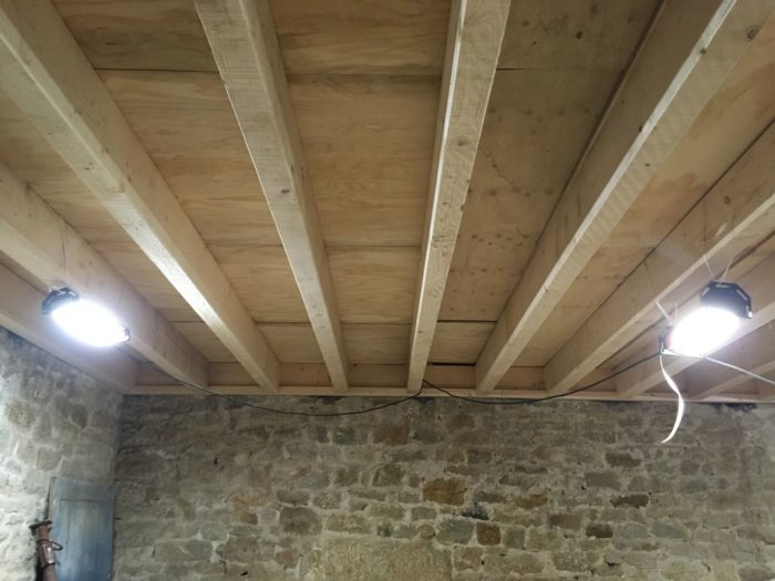 restauration-plancher-conserverie-loctudy-cruard-charpente
